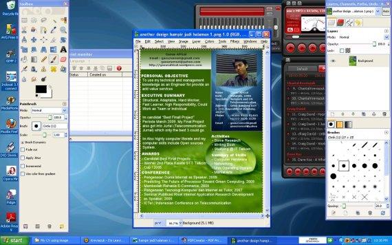 hayo tebak, ini windows apa GNU/Linux ?
